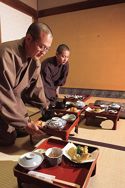 Monks serving shojin ryori at Koyasan
